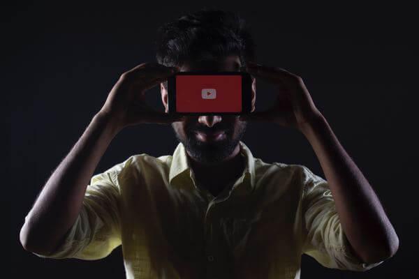 Фільтри YouTube в допомогу креатoрам